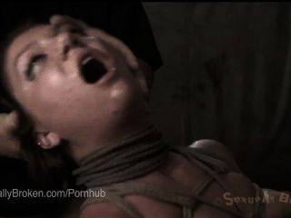 빨간 머리 무고한 귀염둥이 클레어 로빈 얼굴 속박에 좆