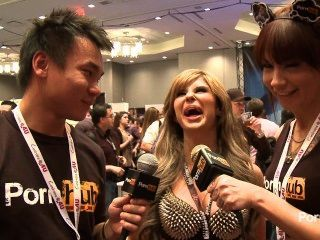 2014 년 AVN 어워드에서의 pornhubtv chloe 카오스 인터뷰