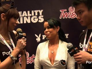 pornhubtv nikki delano interview at 2014 avn 상