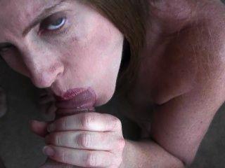 30 주 임신 한 입으로 입으로 얼굴과 얼굴