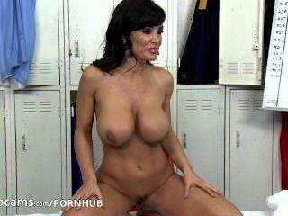 lisa ann webcam 파트 2
