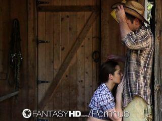 hd fantasyhd cowgirl dani daniels는 농장에서 거시기를 타다.
