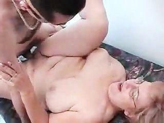 하드 코어 할머니 섹스