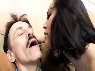 데이비드 크리스티나 로즈를 유혹하다.