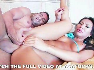 뜨거운 아시아 asa akira 거친 섹스를 사랑한다.