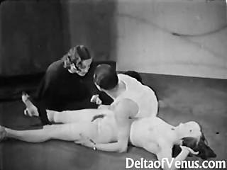 빈티지 포르노 1930 년대 ffm 삼인조의 나체 주의자 술집