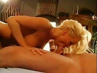 실비아 성자 엉덩이 좋은대로
