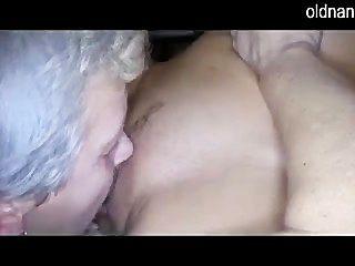 늙은 아가씨와 소녀