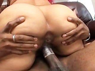 핑키 그녀의 fav 포르노 스타