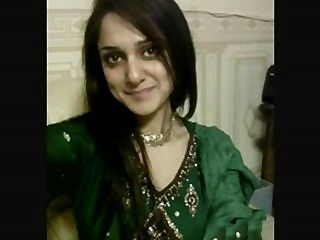 힌두 스탄 니 (hindustani)의 회교도 파키 섹스에 대해 이야기하는 뜨거운 파키스탄 소녀