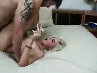 금발 흡연 페티쉬 섹스 전체 장면