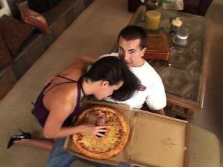 너를위한 커다란 소세지 피자