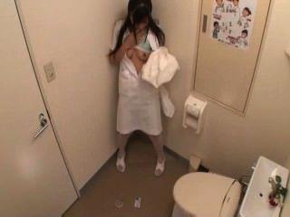 간호사는 화장실에서 자위한다 (mrbob7777)
