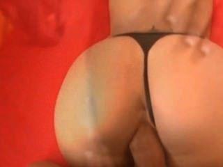 그녀의 엉덩이 편집에 정액