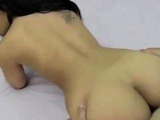 섹스하면서 예쁜 갈색 머리 흡연