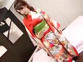 기모노 소녀