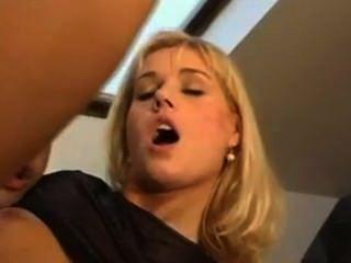 너의 엉덩이 구멍 내 아가씨 빌어 먹을.