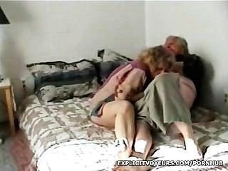 성숙한 커플 섹스 비디오