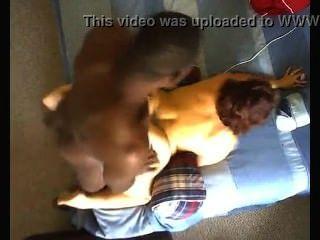 그녀의 큰 엉덩이를 받고 크립토나이트 pummeled