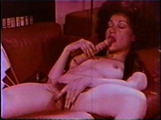 레즈비언 엿보기 쇼 루프 659 70 년대와 80 년대 장면 1