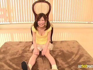 akira okamoto의 면도 한 소녀 AV 데뷔