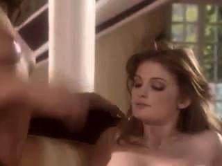 토리 블랙과 페이 레간의 관능적 인 레즈비언 섹스