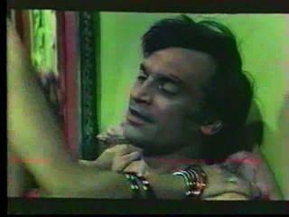 세 클레 트레스 ferme (full movie) 1977