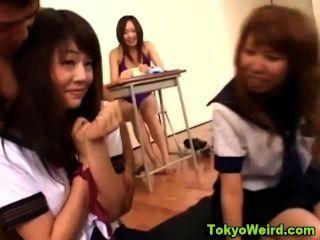 교실 10 대 아시아 청소년