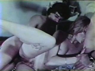 peepshow 루프 325 70s 및 80s 장면 4