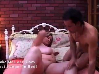 아름다운 성숙 bbw deedra 그녀의 큰 가슴 온통 정액을 즐깁니다.