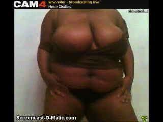 whore4ur cam4 거대한 섹시한 흑단 가슴 스트립