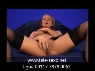 소녀, 스타킹, 소파에서 자위하기 www.tele sexo.net 09117 7878 0065