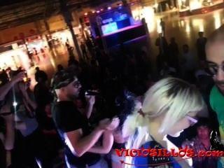 viciosillos.com은 포르노 영화제와 포르노 영화제를 연상케했다.