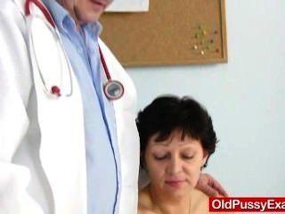 언변인 주부 에바 방문 gyno 의사 씨발 구멍 검사