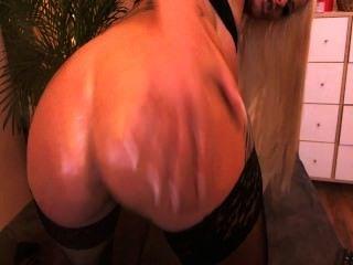 뜨거운 성숙한 웹캠 병아리 그녀의 엉덩이 씨발
