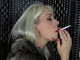 예쁜 파리는 법안에 대한 담배 피우다