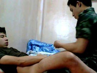 태국 육군 남자 barefuck 잘 생긴 친구.