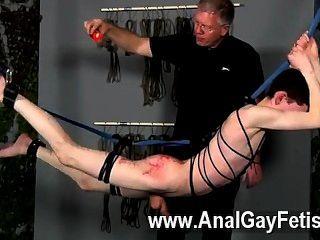마스터 세바스찬 케인의 게이 클립에는 함께 플레이 할 달콤한 아론 오로라가 있습니다.
