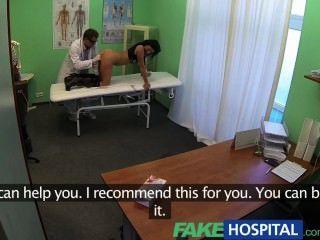 fakehospital 똑똑한 성숙한 섹시한 유부녀가 섹스 고백을합니다.