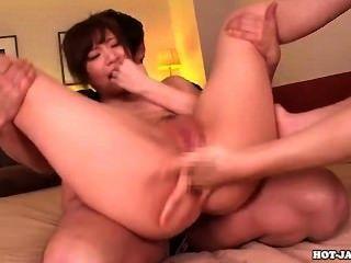 japanese girls 섹시한 섹시한 선생님이 침대에서 자고 .avi