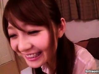 집에서 좋은 선생님과 자위하는 일본 소녀. 아비