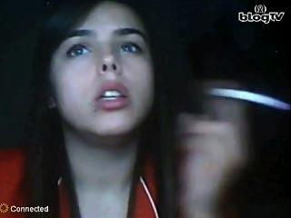 터키어 청소년 흡연 페티쉬 (비 누드)