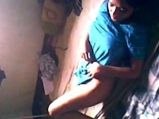 인도 인도 성숙한 남자가 그의 사랑과 그의 빌어 먹을 캡처