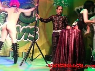 viciosillos.com에 의해 미나엘 Minerva y nora barcela를 특징으로하는 마고 페페 쇼