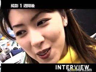 azhotporn 뜨거운 다리와 화려한 엉덩이 아시아 소녀