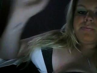 섹시한 여자 흡연 담배 페티쉬 비 누드 담배