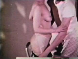 엿보기 쇼 루프 242 70s 및 80s 장면 1