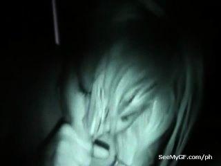 입으로주는 예전 여자 친구의 섹스 야간 시력 영상