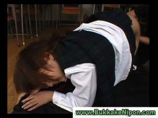 japanese check vest 학교 소녀가 손가락질을 당하거나 망할 뻔했다.