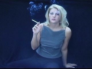 금발 흡연 120 부분 3